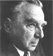 ... und des Sattlermeisters Emil Richard Kästner (1867-1957) geboren.